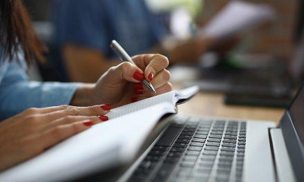 Votre formation en rédaction web par Inès Sivignon